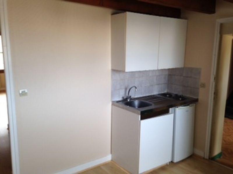 a louer t1 de 29 m rue de la loi ideal logement tudiant begip. Black Bedroom Furniture Sets. Home Design Ideas